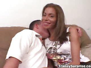 Heiße und sinnliche Transe namens Nicole