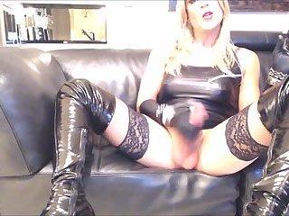Heiße rauchende Blondine Melissa Glamour mit großem busen Perfekter Cumshot